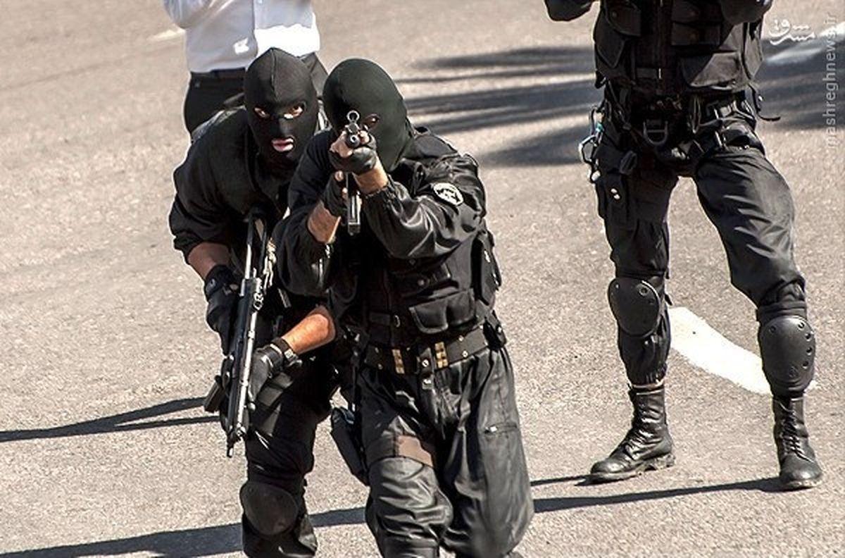 این شرور دختر کرجی را دزدید؛ او در محاصره پلیس خودش را کشت